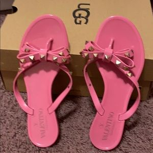 Valentino rockstar jelly thong sandals